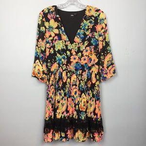 ASOS V-Neck Pleated Lace Trim Floral Dress